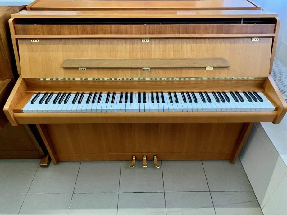 Pianino Schimmel